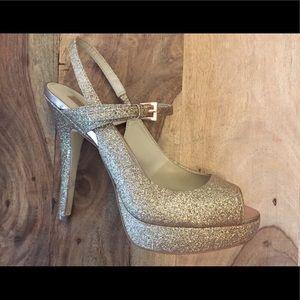 Sparkly Gold Heels ✨